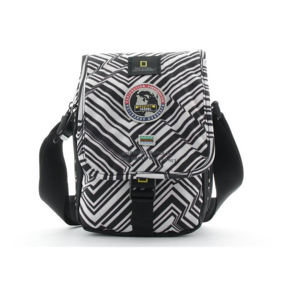 National Geographic Überschlagtasche 74 black white prin