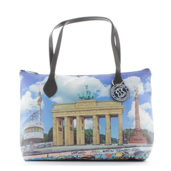 c09aa14674213 Robin Ruth Leon Shopper Brandenburger Tor